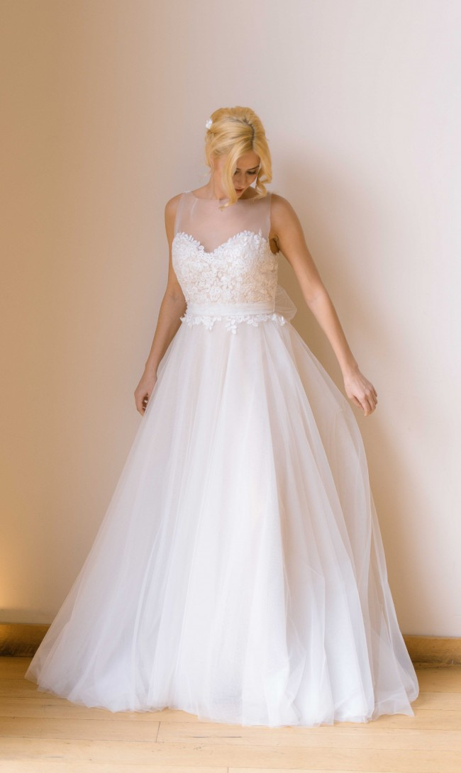 Isabella Couture, UK3018