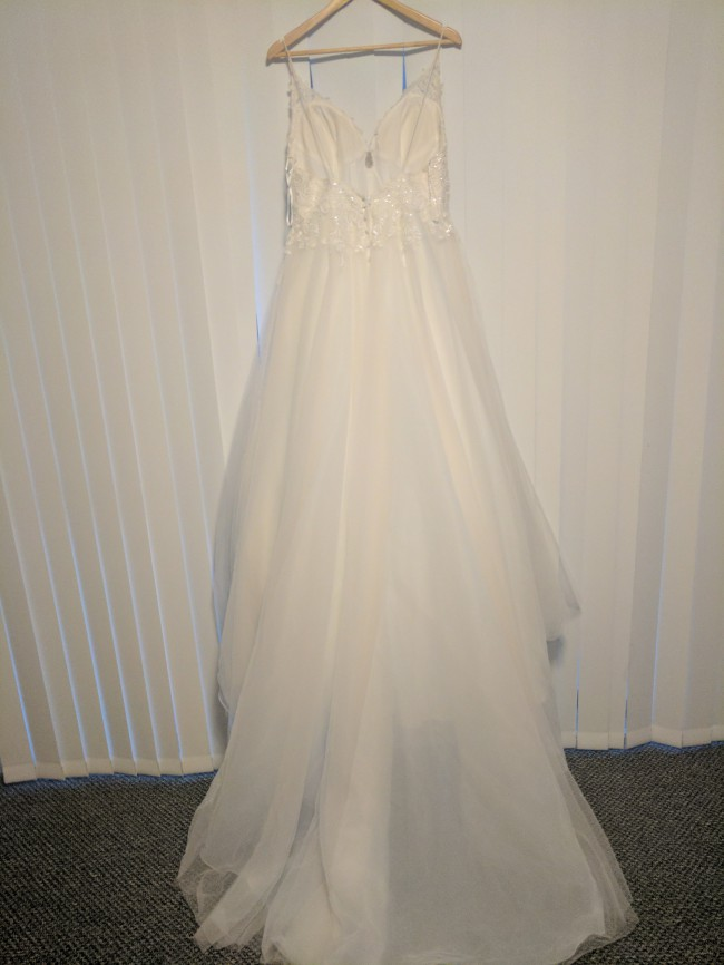 Stella york new wedding dress on sale 61 off for Stella york wedding dresses near me