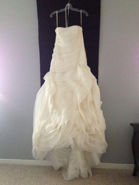 Vera wang white by vera wang asymmetrical dress vw351011 for Second hand vera wang wedding dress