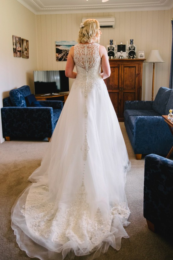 Allure Bridals 9200 PreOwned Wedding Dress on Sale 68% Off