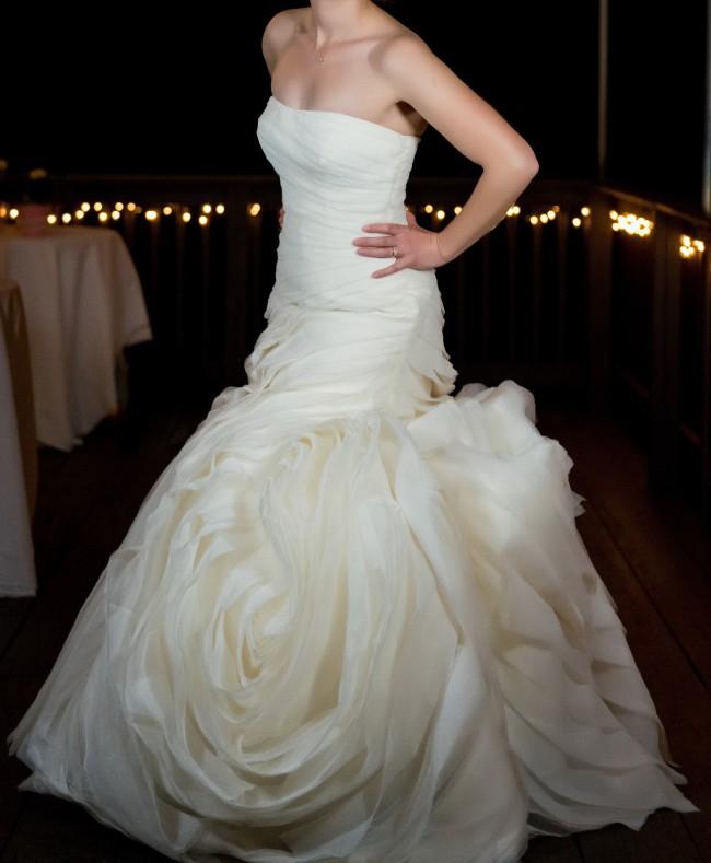 Vera wang strapless organza flange trumpet dress vw351395 for Second hand vera wang wedding dress