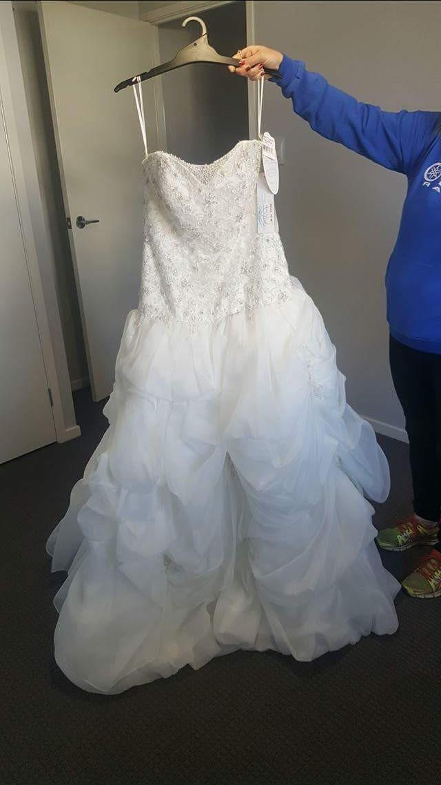 Alfred Angelo Disney princess Wedding Dress on Sale 67% Off