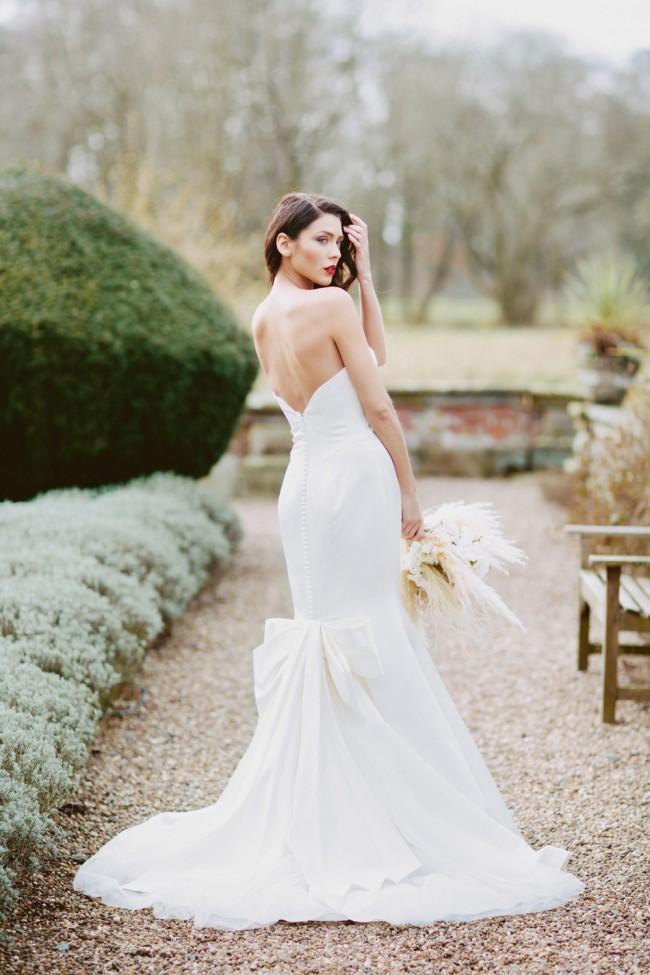 Truly Zac Posen ZP341718 Second-Hand Wedding Dress on Sale 48% Off