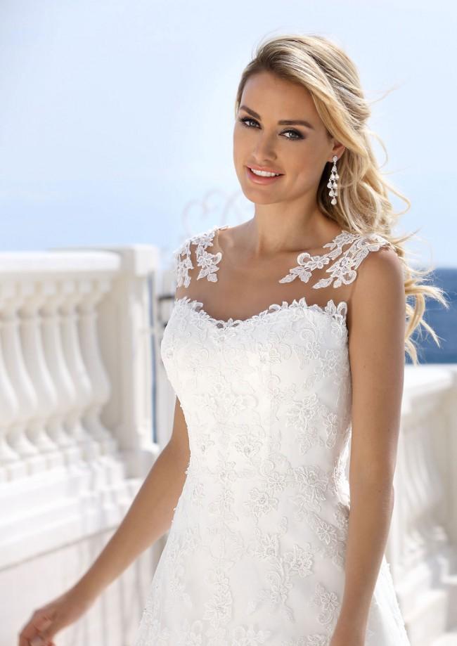 Ladybird 416031 New Wedding Dress on Sale 53% Off - Stillwhite