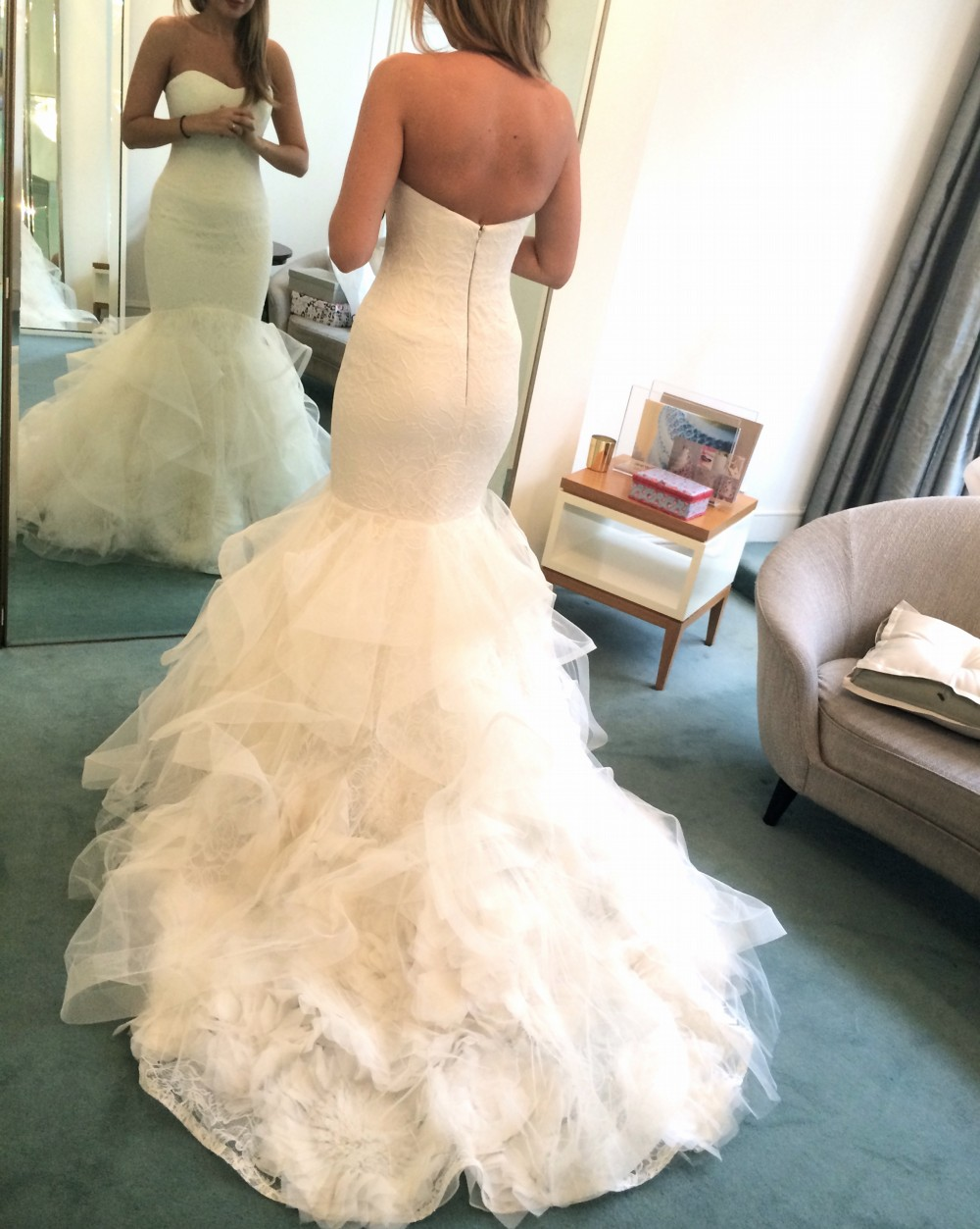 Vera wang lillian used wedding dress on sale 39 off for Vera wang wedding dresses on sale