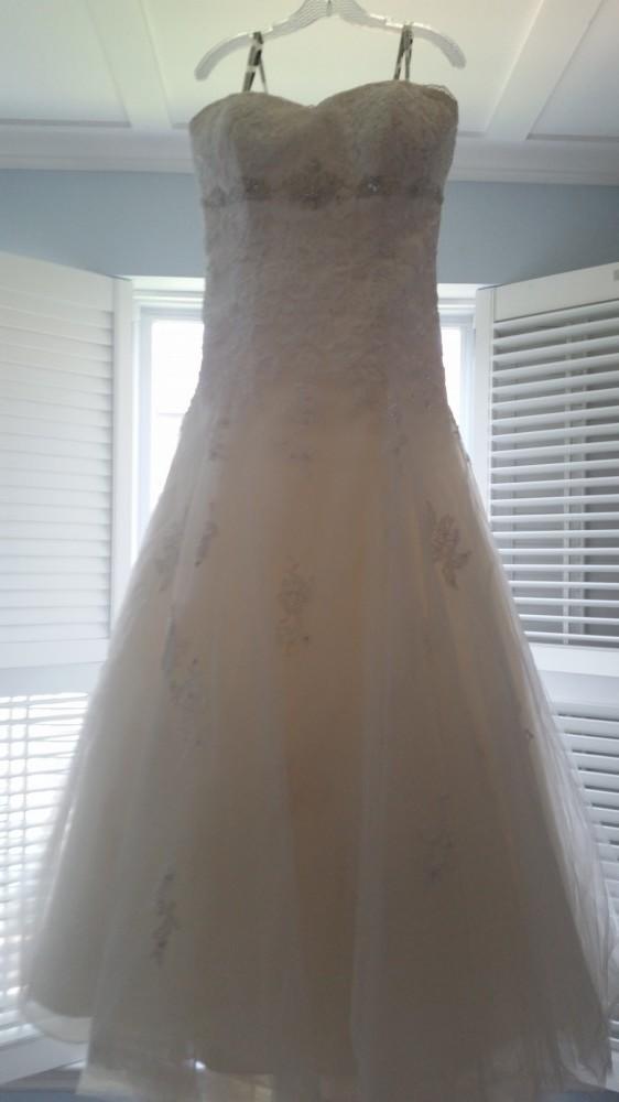 David Tutera Goldie 113231 Wedding Dress On Sale 44 Off