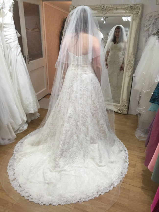 Alfred Angelo, Style 801