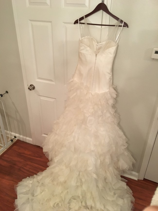 Kirstie kelly disneys fairy tale weddings used wedding dresses kirstie kelly disneys fairy tale weddings junglespirit Choice Image