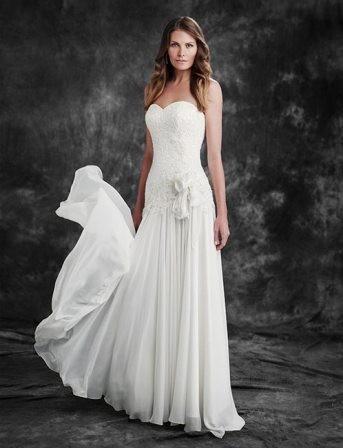 Wendy sullivan mollie used wedding dress on sale 64 off for Ugly wedding dresses for sale