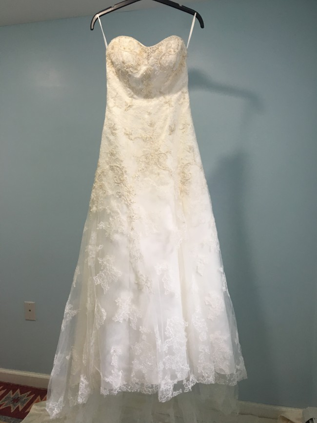 Casablanca 1827 Wedding Dress On Sale 59 Off