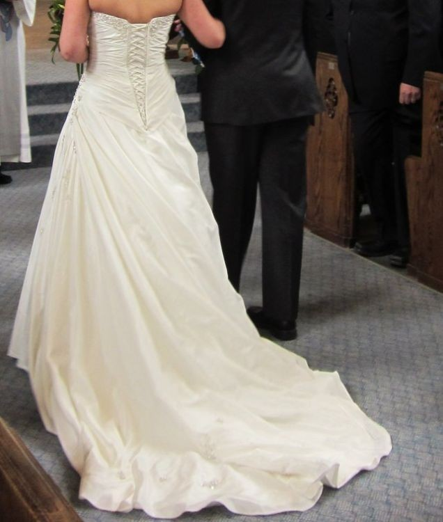 Morilee Second Hand Wedding Dress On Sale Stillwhite