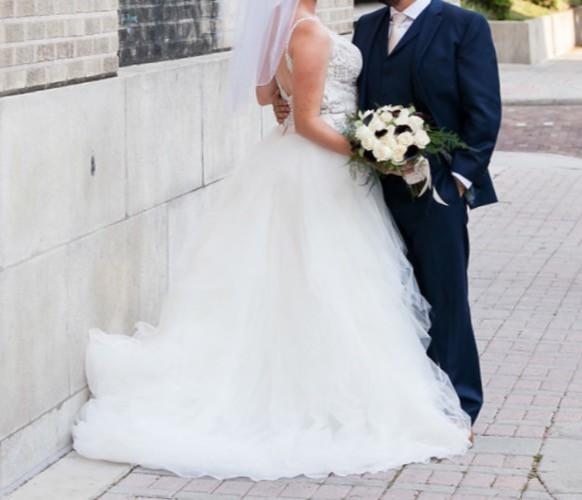 Allure Bridals, 9425
