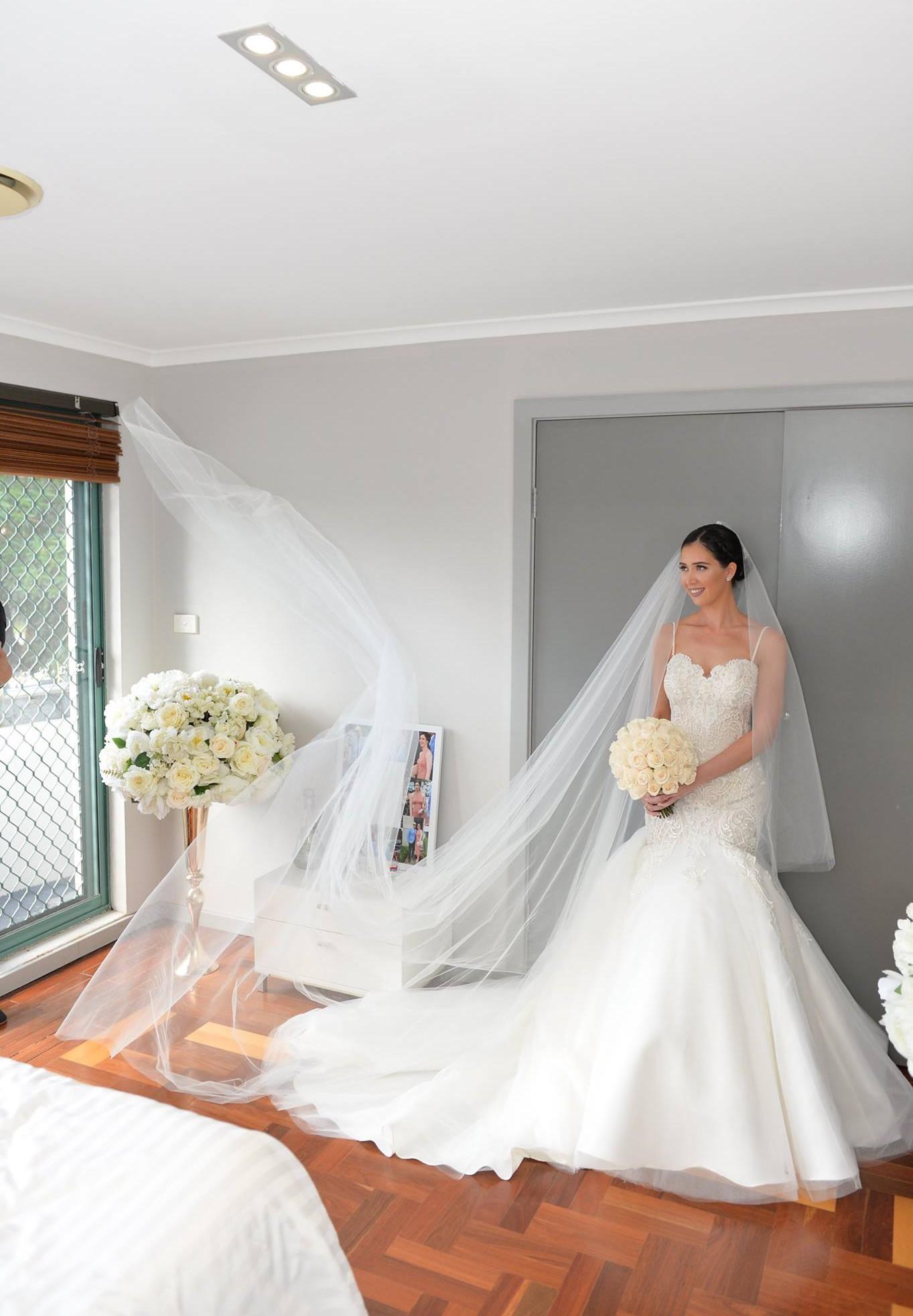 Suzanna blazevic preowned wedding dress on sale 80 off for Suzanna blazevic wedding dresses