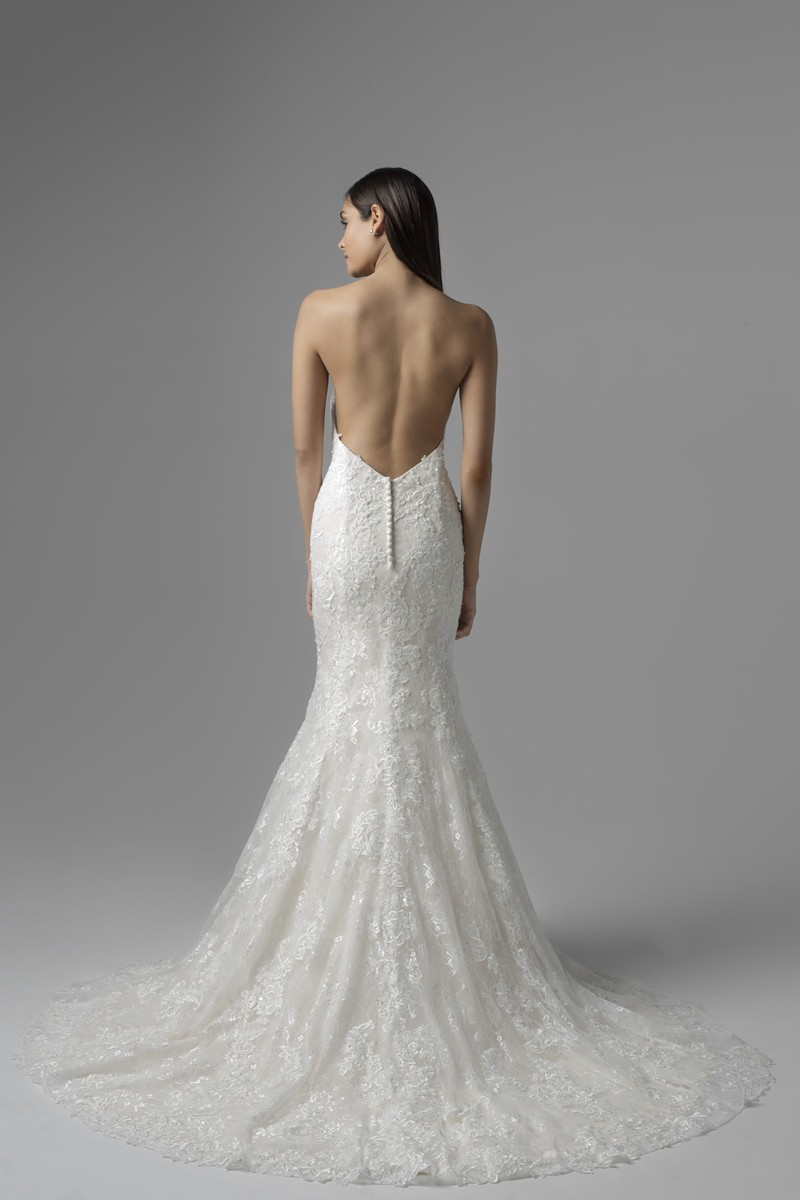 Mia solano pre owned wedding dress on sale 56 off for Previously worn wedding dresses for sale