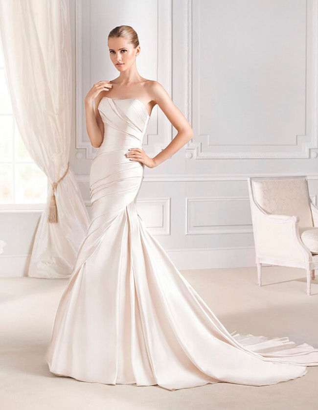 La Sposa Fanal New Wedding Dress on Sale 75% Off - Stillwhite