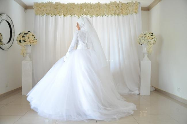 Suzanna blazevic custom made wedding dresses stillwhite for Suzanna blazevic wedding dresses