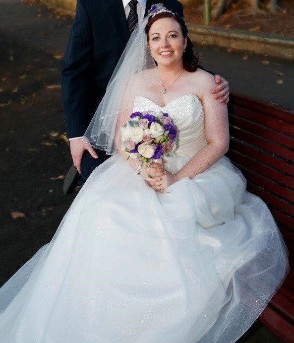 Alfred Angelo Style 205 Cinderella Size 10 Wedding Dress: Alfred Angelo Cinderella 205 Second Hand Wedding Dress On