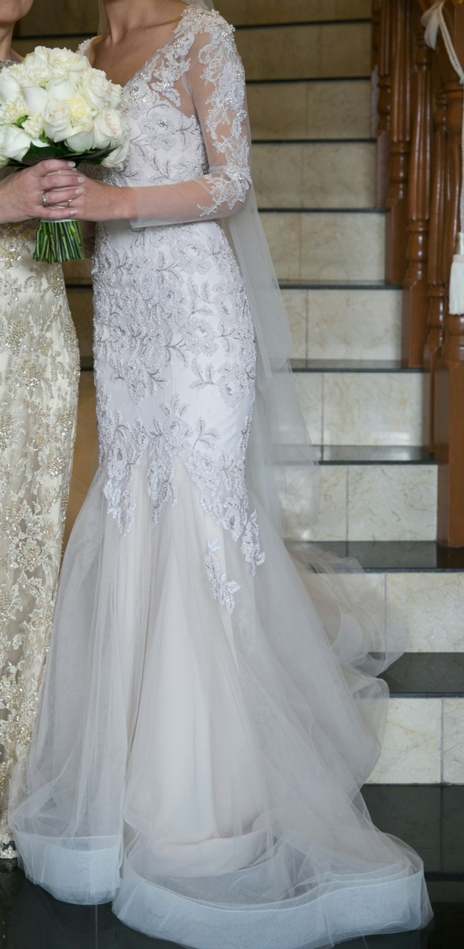Leah da gloria second hand wedding dress on sale 61 off for Leah da gloria wedding dress cost
