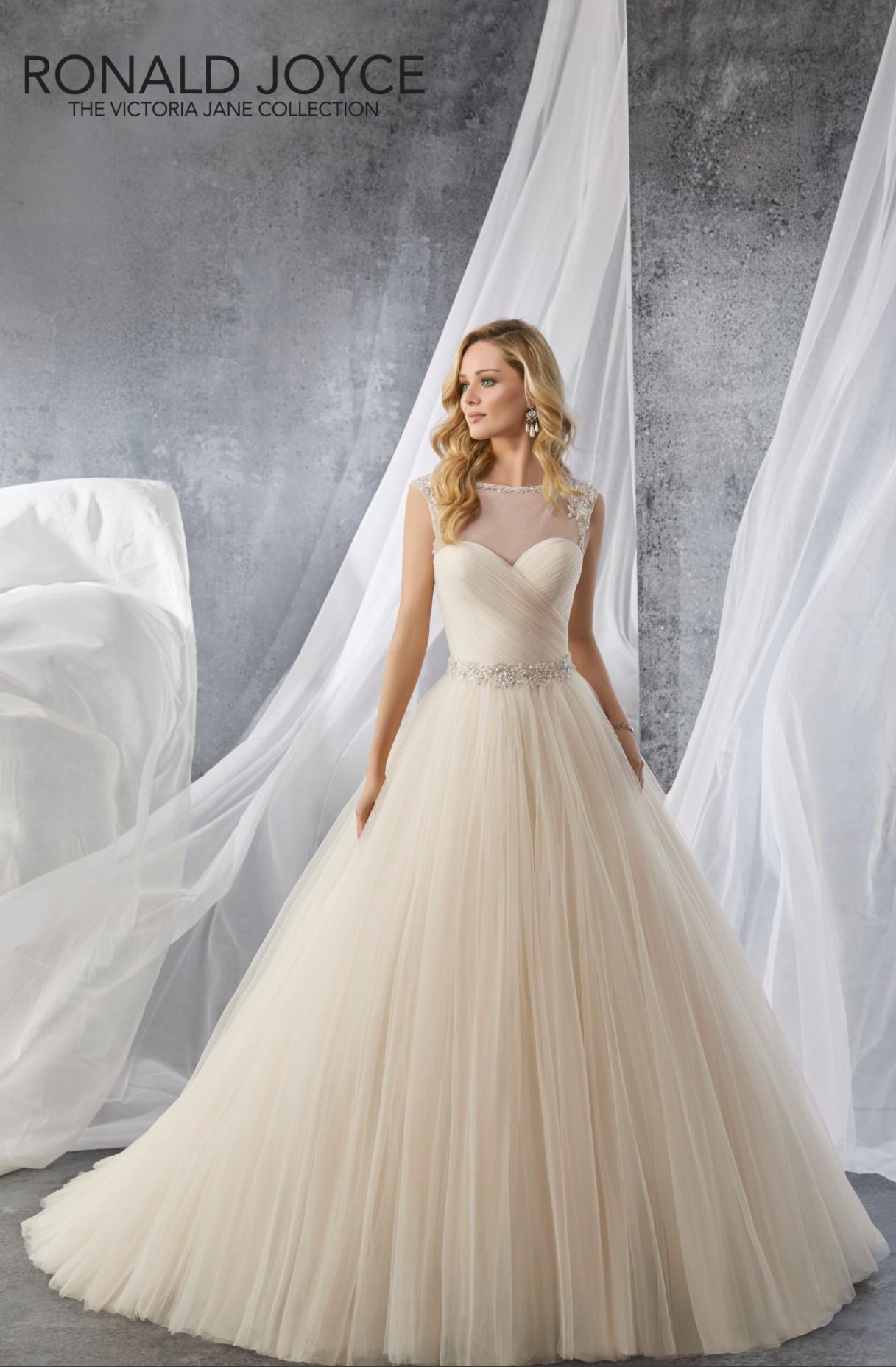 Ronald Joyce Josie 18062 - Sample Wedding Dresses - Stillwhite