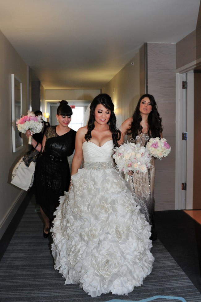Monique Lhuillier Sunday Rose - Second Hand Wedding Dresses - Stillwhite