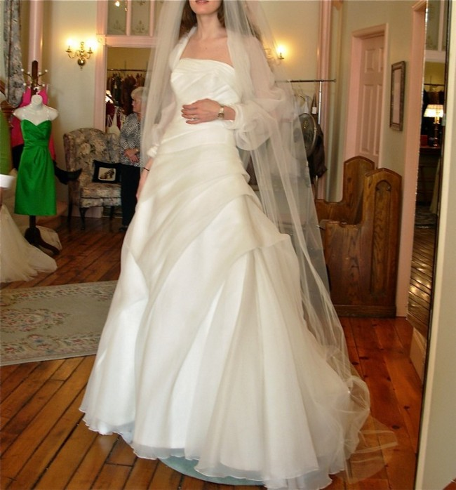 San patrick prosa 2009 new wedding dress on sale 55 off for Sell wedding dress san diego
