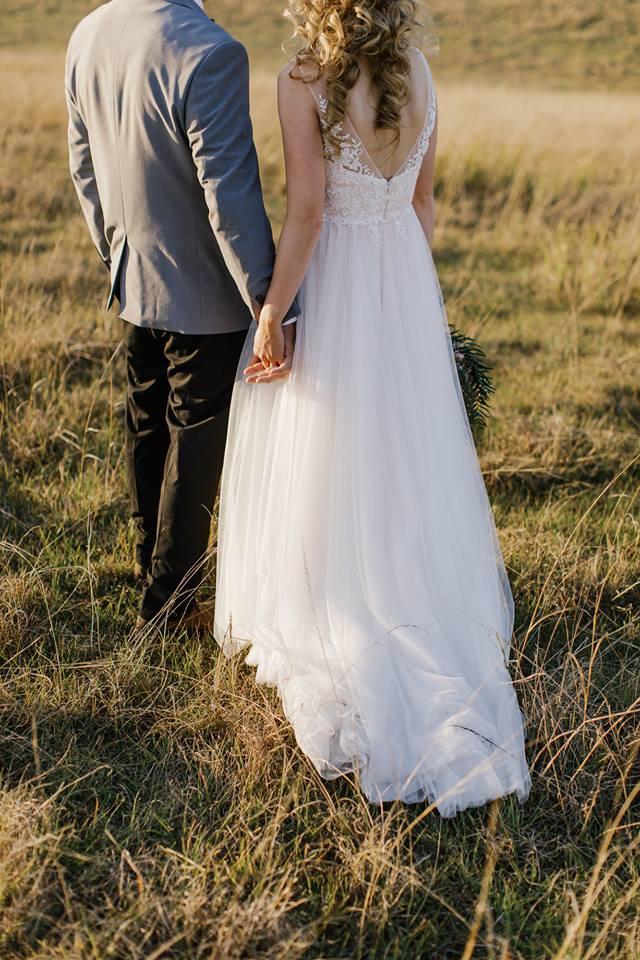 a618c77c4ac Madi Lane Sirena Preowned Wedding Dress on Sale 68% Off - Stillwhite United  Kingdom