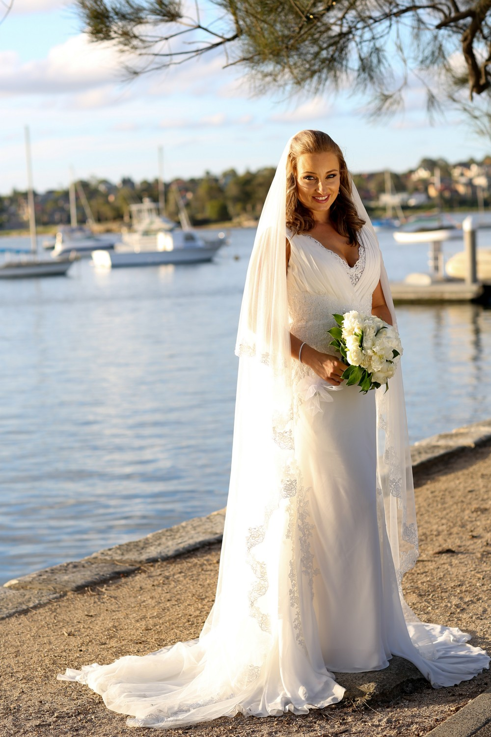 Pronovias Lamer0 Pre-Owned Wedding Dress on Sale 35% Off