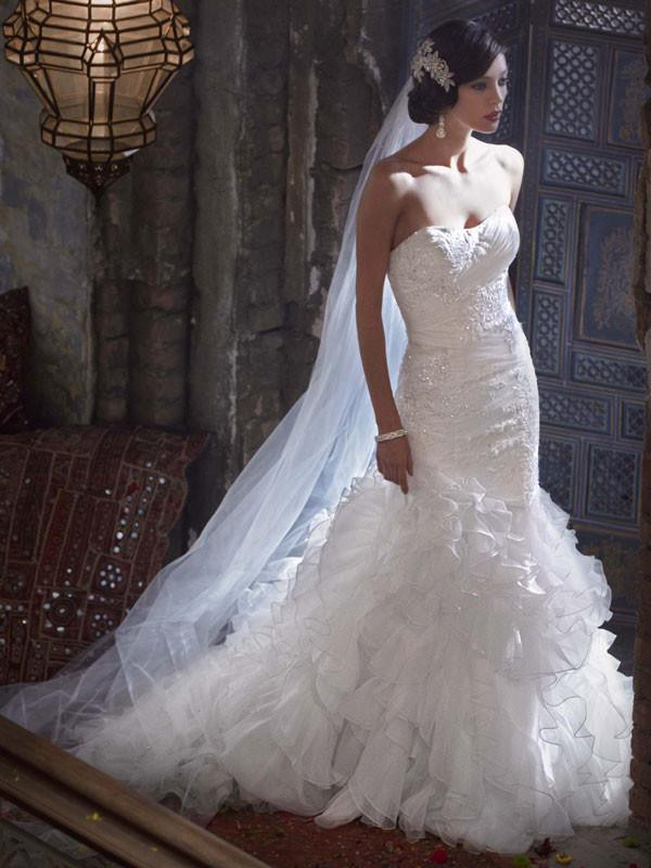 Galina signature swg560 preowned wedding dress on sale 57 off junglespirit Choice Image