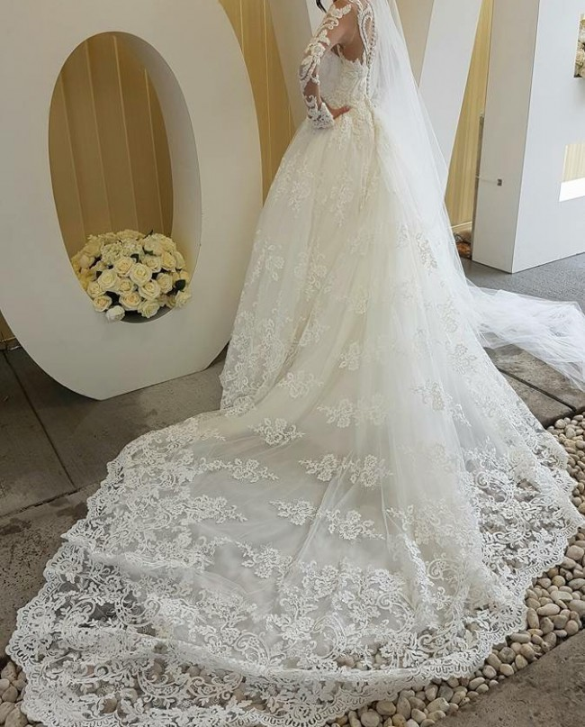 Suzanna blazevic custom made ball gown second hand for Suzanna blazevic wedding dresses