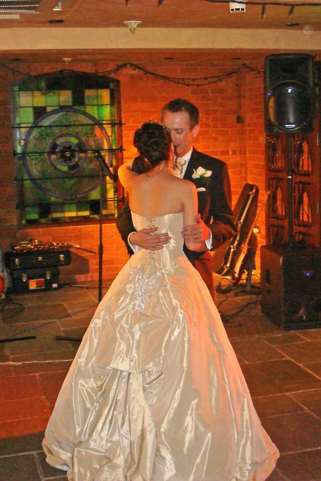 Ian stuart jardin wedding dress on sale 74 off for Au jardin wedding package