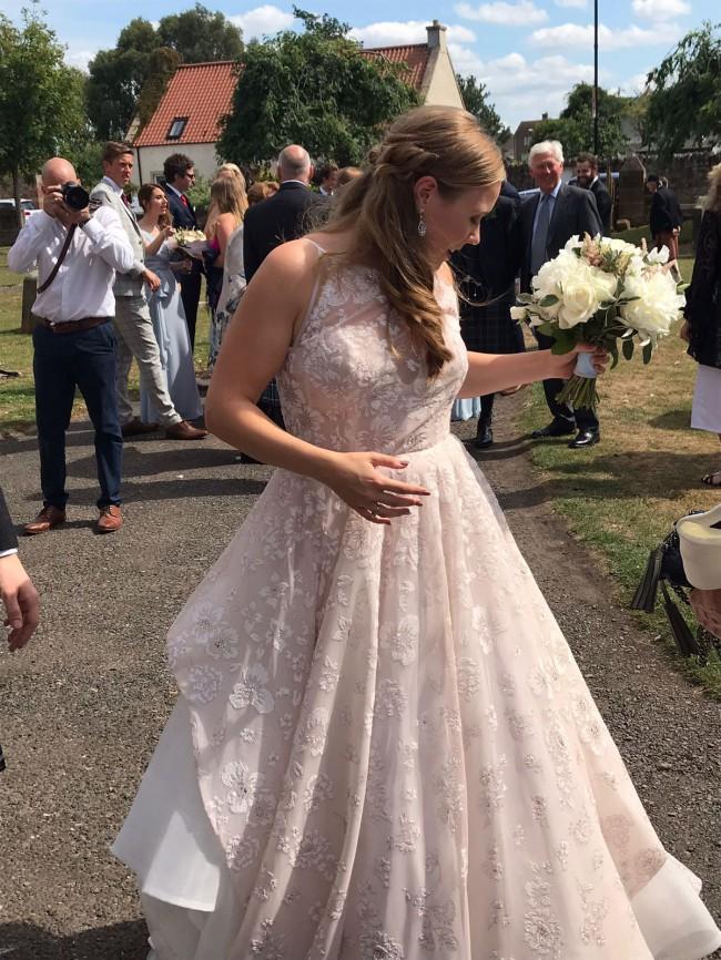 Hayley Paige Reagan Second Hand Wedding Dress On Sale Stillwhite