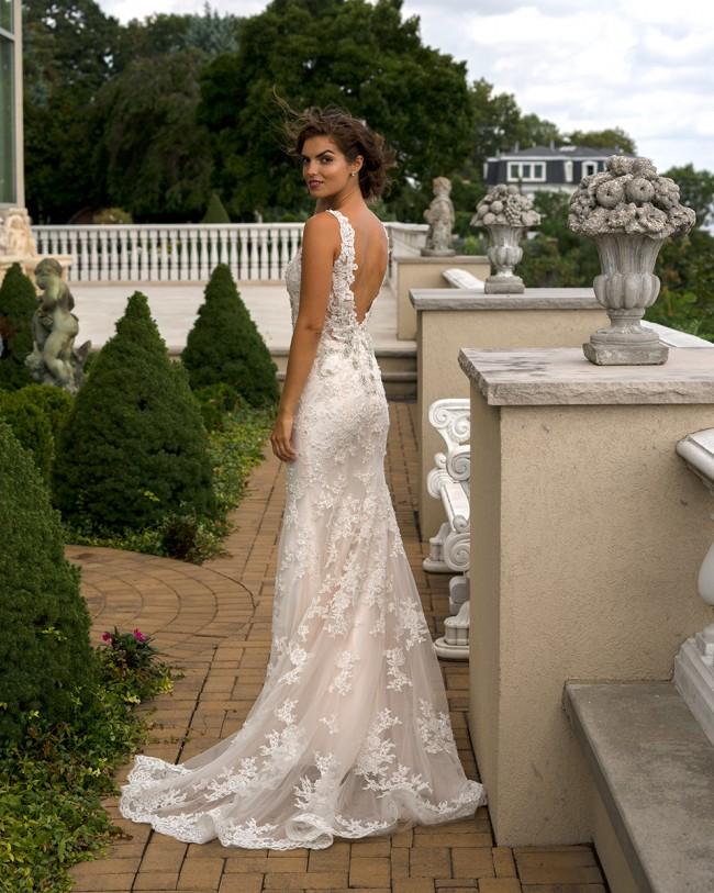 Eve of Milady 1553 Used Wedding Dress on Sale 66% Off - Stillwhite