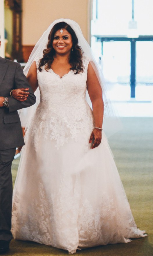 Davids Bridal Collection Scalloped Lace And Tulle Plus Size Wedding