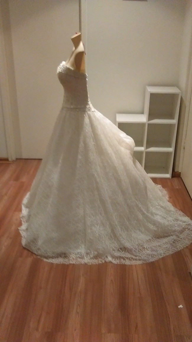 Henry Roth Donatella Wedding Dress On Sale 84 Off