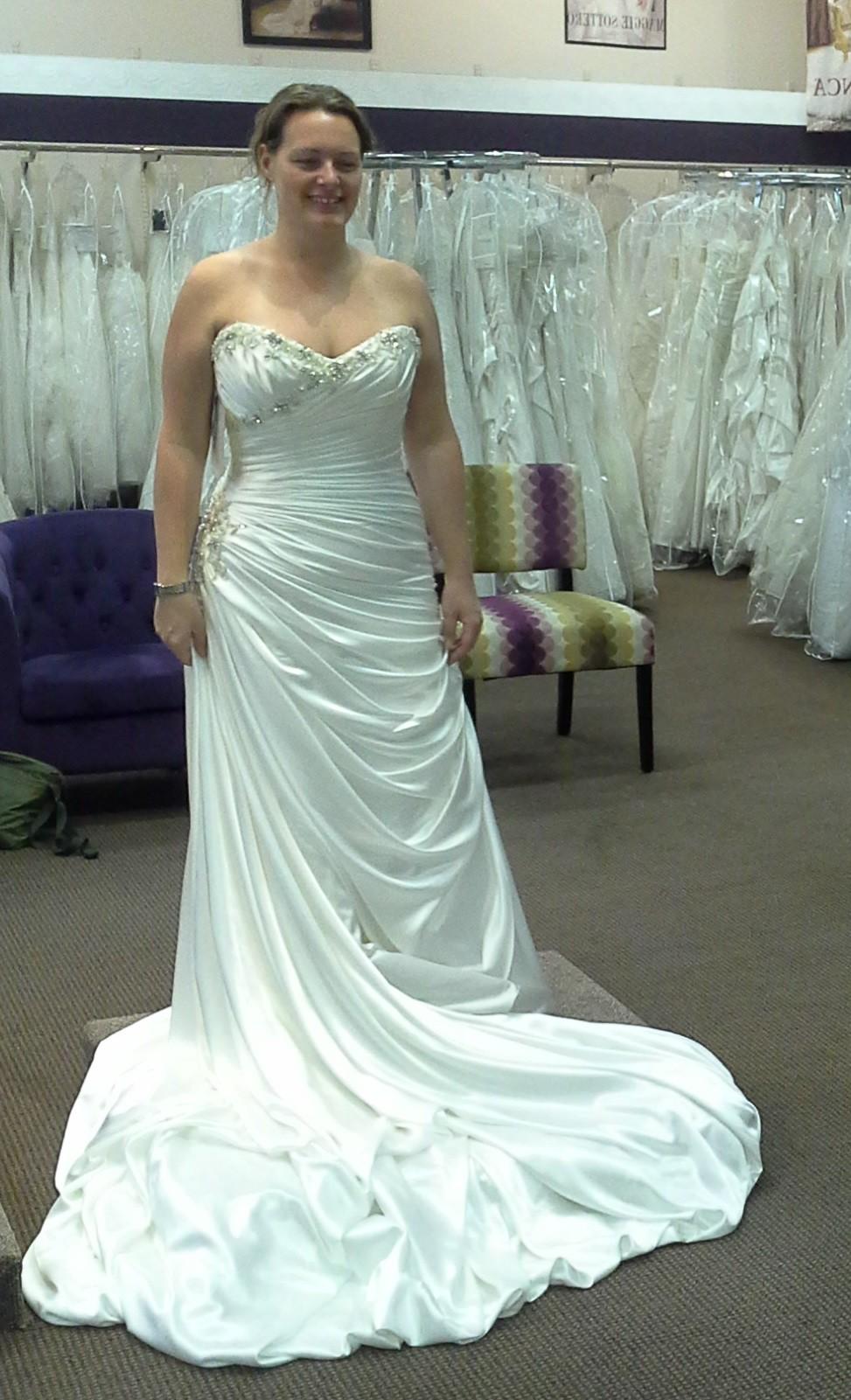 Maggie Sottero Bianca - Second Hand Wedding Dresses - Stillwhite