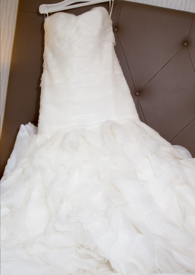 Kleinfeld Dennis Basso Sweetheart Mermaid Gown Second-Hand Wedding ...