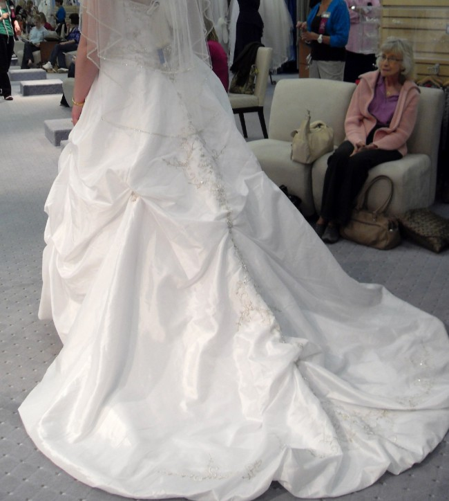 Alfred Angelo, 758 Sapphire Collection