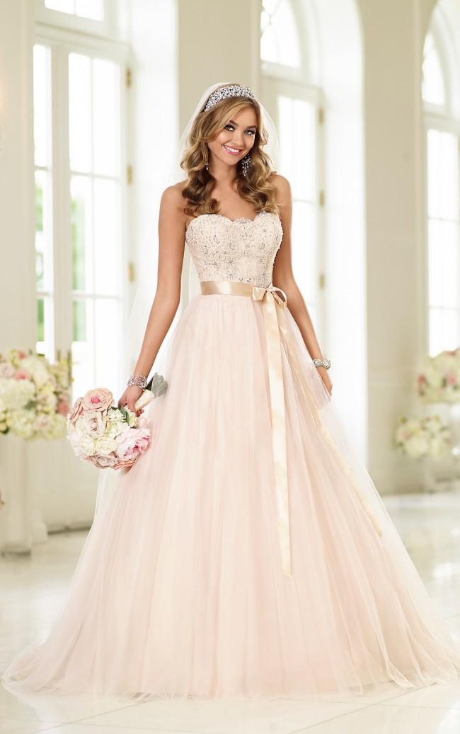 Stella York #6028 Sample Wedding Dress on Sale 50% Off - Stillwhite