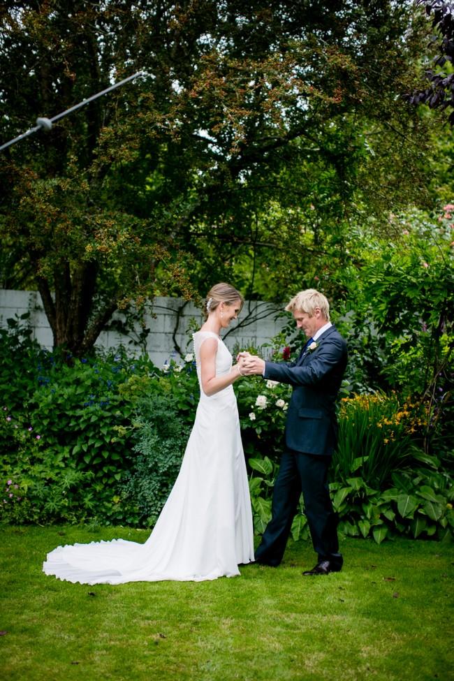 Sell Wedding Dress  Nz : Pronovias lali size wedding dress nz approximately