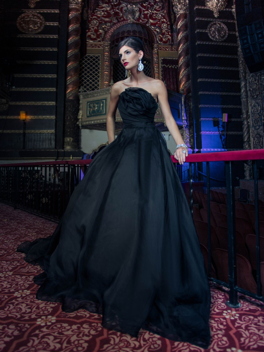 Edgy elegance 26 black wedding gowns yumi katsura junglespirit Gallery