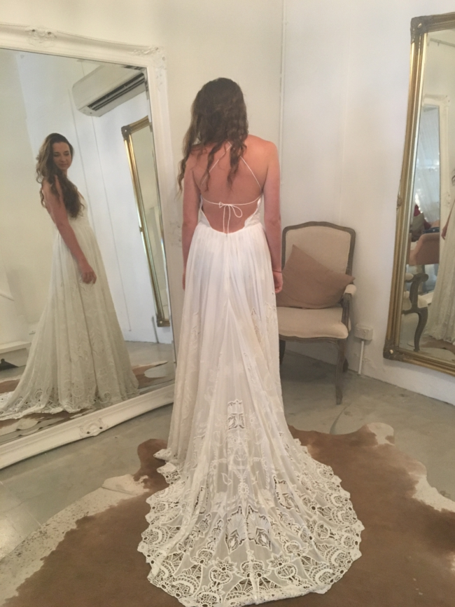 Rue de seine zara gown pre owned wedding dress on sale 43 off for Rue de seine wedding dress cost