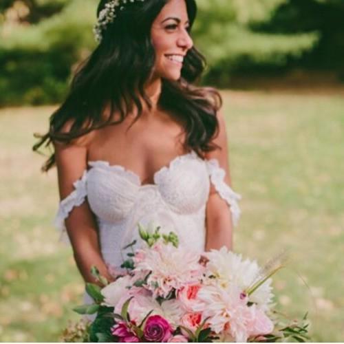 Rue de seine fox gown preowned wedding dress on sale 13 off for Rue de seine wedding dress cost