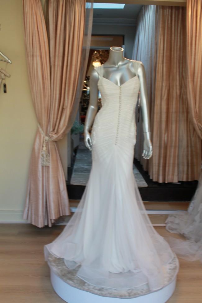 Rosalynn win haute couture seychelles gown sample wedding for Win free wedding dress