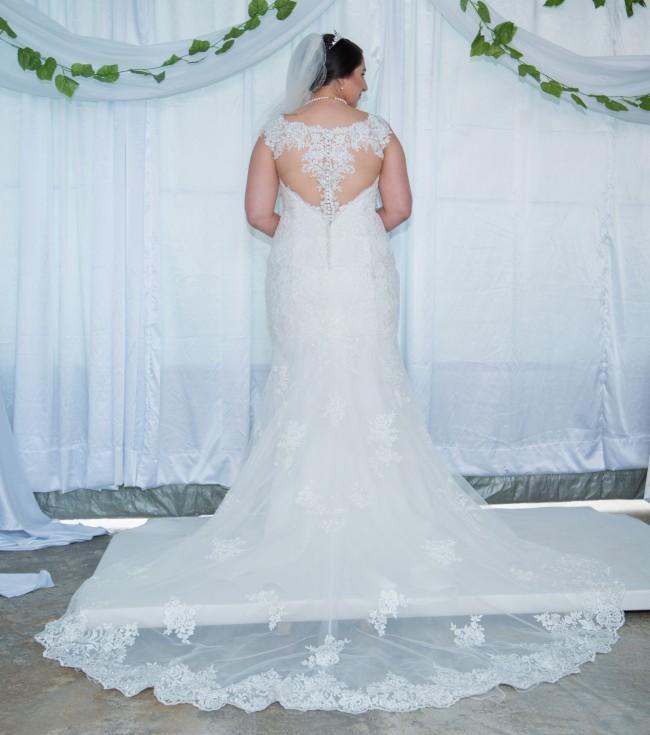 Stella York 6249 Second Hand Wedding Dress On Sale 56% Off