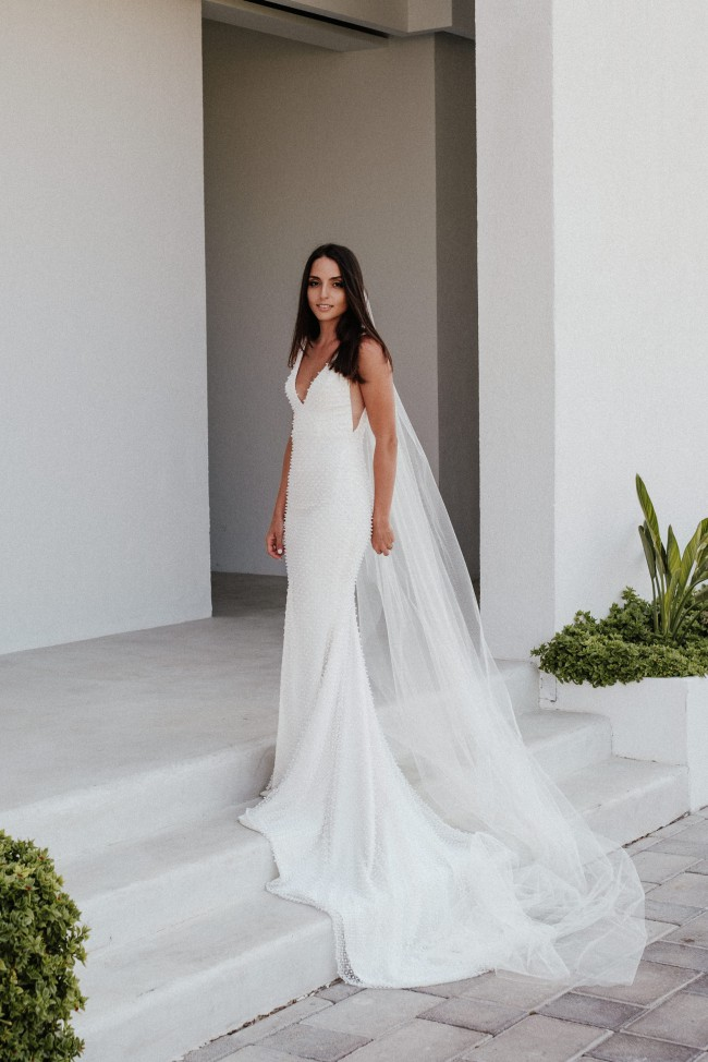 Leah da gloria pre owned wedding dress on sale 33 off for Leah da gloria wedding dress cost