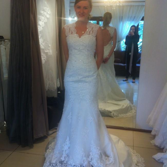 Second Hand Wedding Dresses: Mermaid Second Hand Wedding Dress On Sale 73% Off