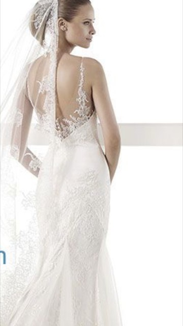 Pronovias, Sheath