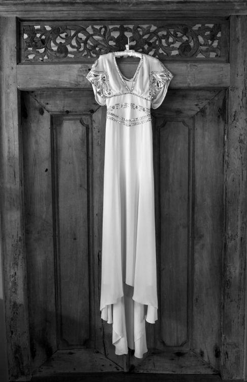 Temperley london jean gown second hand wedding dress on for Second hand wedding dresses london