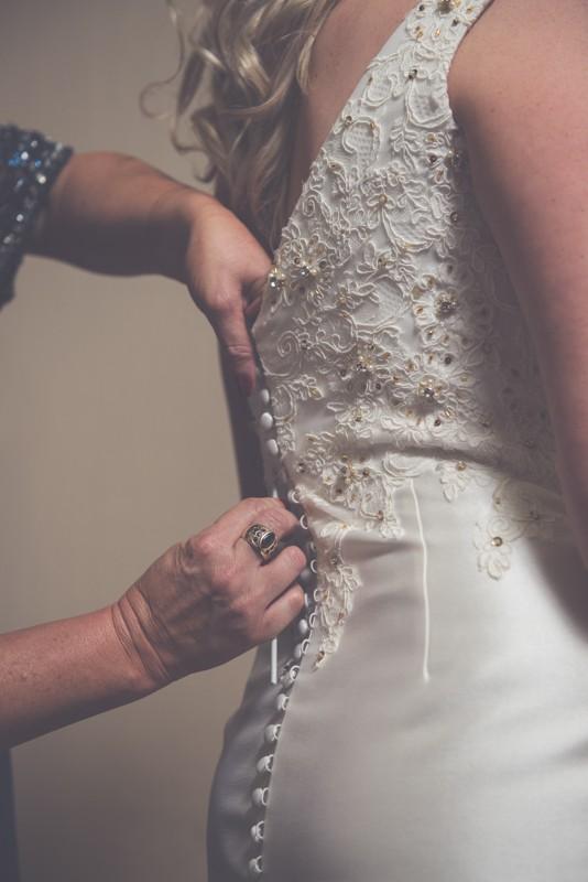 San patrick saela 2015 second hand wedding dress on sale for Second hand wedding dresses san diego