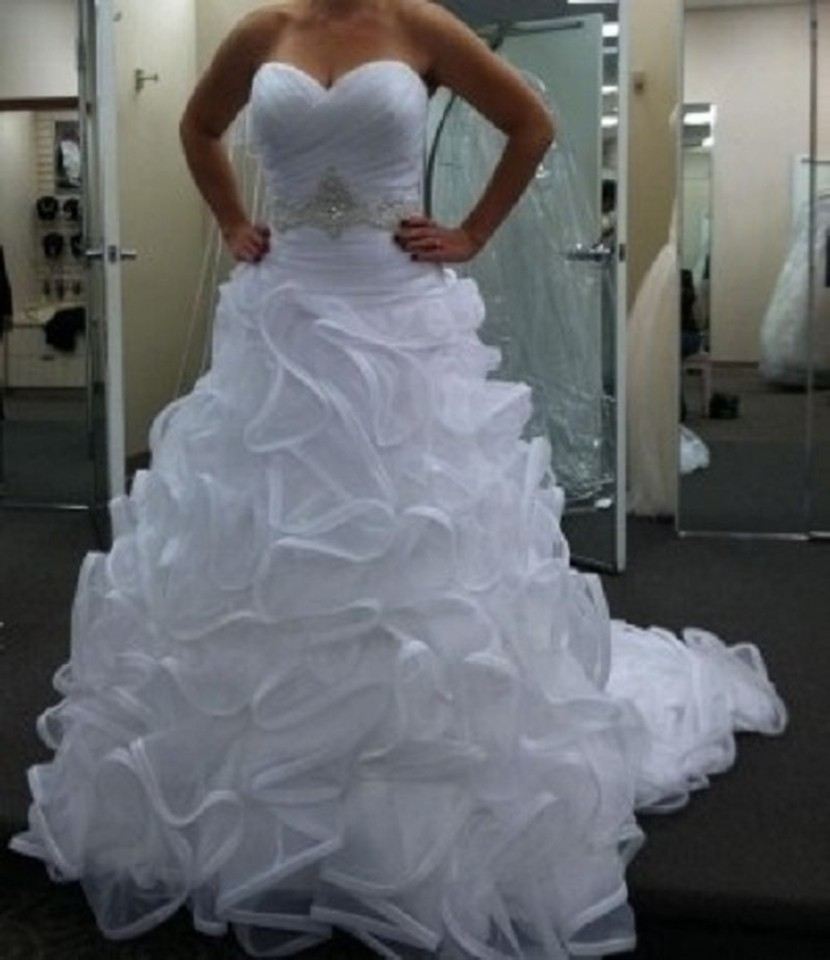 Galina signature swg492 pre owned wedding dress on sale 55 for Galina signature wedding dresses